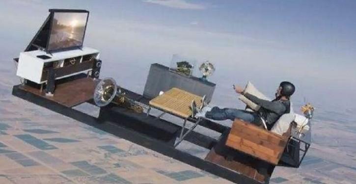2966914-skydiving